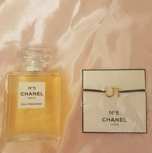 NWT Chanel NO 5 bracelet
